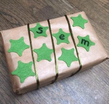 kado-met-groene-sterren