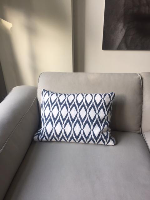 blauw+wit-kussen