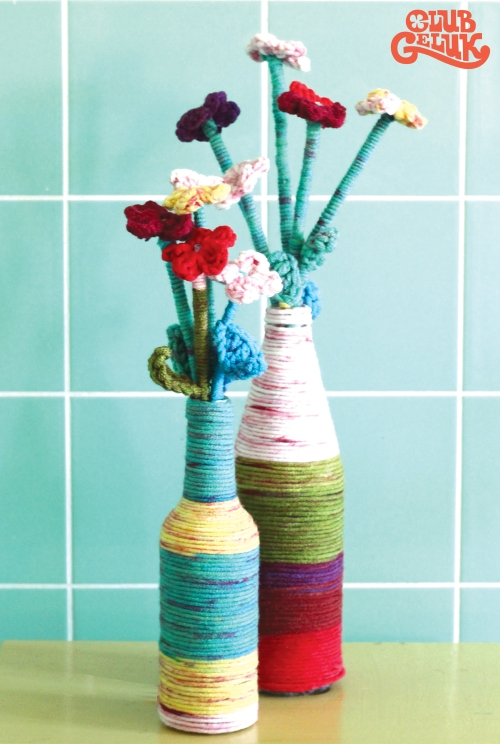 vase-habill%c3%a9-de-fil-pour-la-f%c3%aate-des-m%c3%a8res