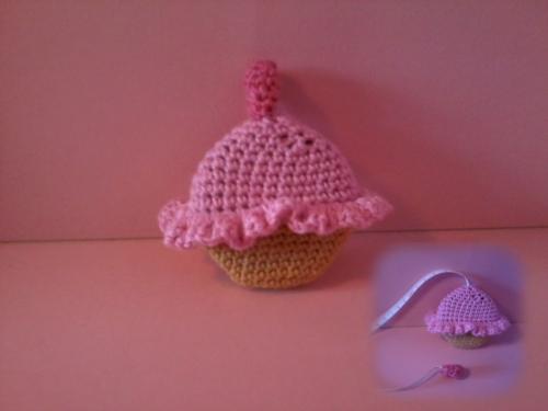 centimeter-cupcake